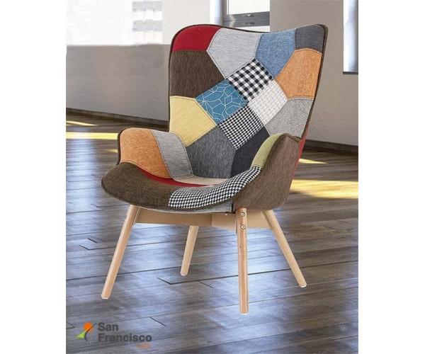 Butaca tapizada económica estilo nórdico. Tapizado patchwork. Patas en madera maciza. Artículo en formato KIT.